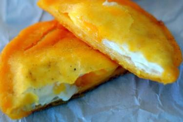 Arepa de Huevo (Egg-Stuffed Arepa)
