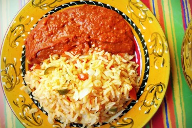 Arroz y Frijoles Pintos (Rice and Pinto Beans)