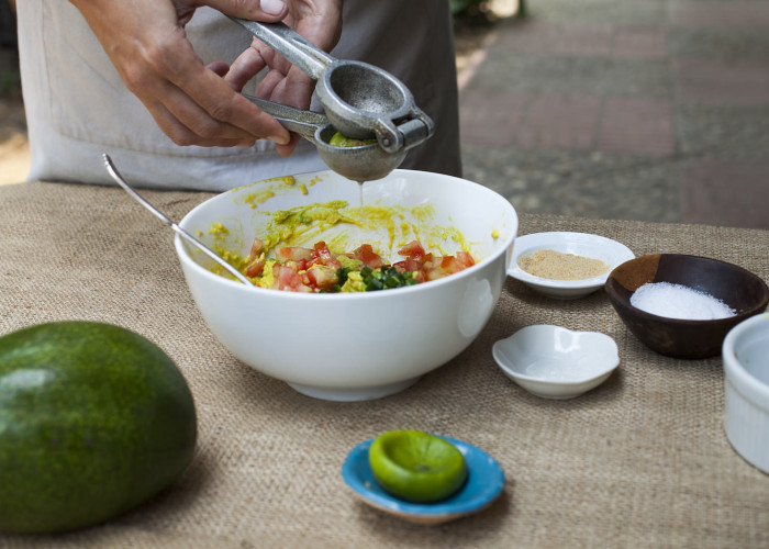 Sprinkle the lime juice over all the ingredients and give everything a good stir, but don't overdo it.