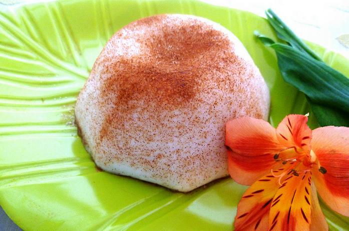 Tembleque (Puerto Rican Coconut Pudding)