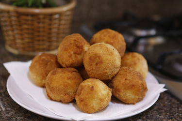 Stuffed Fried Mashed Potato Balls, photo by Sonia Mendez Garcia