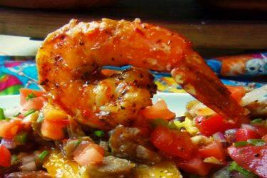 Diablo Shrimp with Crispy Plantain Chips