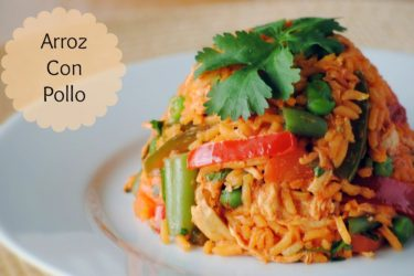 Arroz con Pollo Colombiano (Colombian-style Chicken and Rice), photo by Sweet y Salado