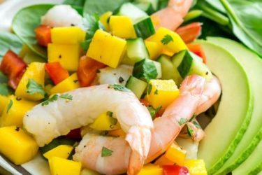 Avocado, Shrimp, Spinach and Mango Salad
