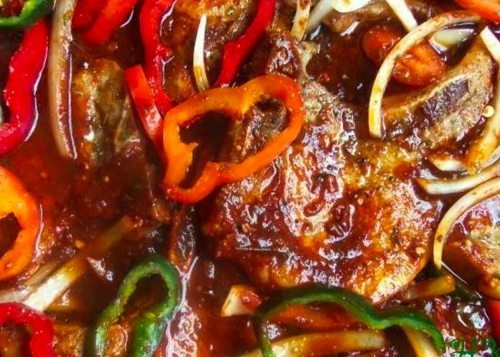 Chuletas en Salsa Ranchera, photo by Sonia Mendez Garcia