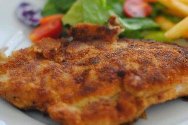 Chuleta Valluna (Colombian Pork Milanese), photo by Sweet y Salado