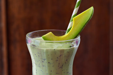 Avocado Blueberry Licuado