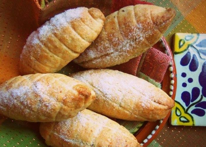 Elotes, Pan Dulce Mexicano (Mexican Sweet Bread), photo by Sonia Mendez Garcia