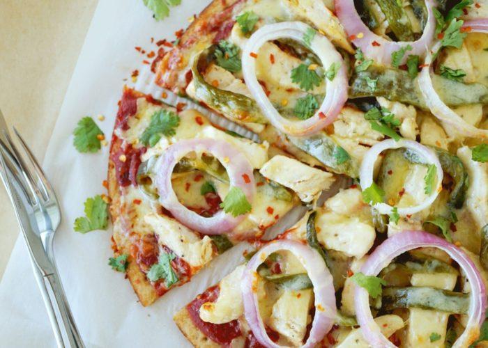 Grilled Chicken Fajita Pizza, photo by Hispanic Kitchen