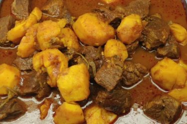Carne con Papa (Meat and Potatoes)