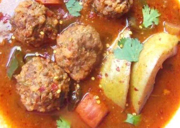 Albóndigas en Caldillo de Jitomate y Guajillo (Meatballs in a Tomato Chile Broth), photo by Sonia Mendez Garcia