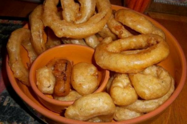 Beer-Battered Chipotle Onion Rings