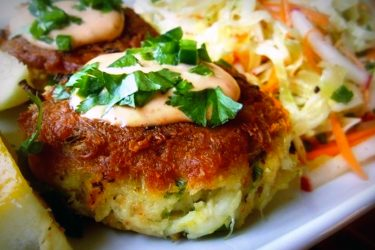 Crab Cakes with Habanero Slaw, photo by Sonia Mendez Garcia