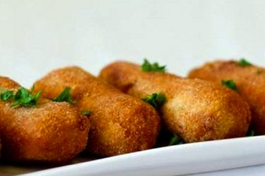 Croquetas de Camarones (Shrimp Croquettes), photo by Hispanic Kitchen