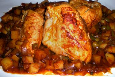 Pollo en Fricasé (Chicken Fricassee), photo by Carolyn Swaney