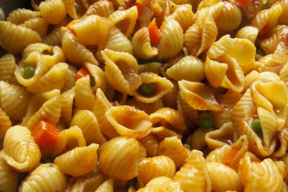 Sopa de Conchas (Shell Pasta Soup)
