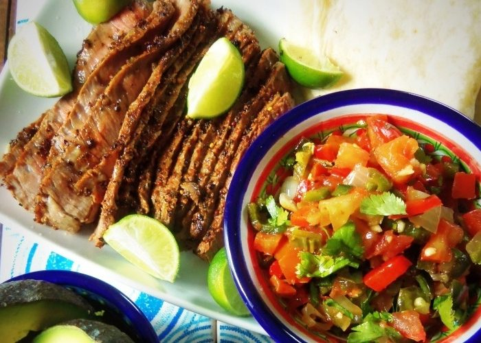 Bistec con pico de gallo asado, photo by Sonia Mendez Garcia