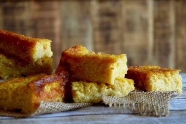 Lower-Cal Pan de Elote (Cornbread)