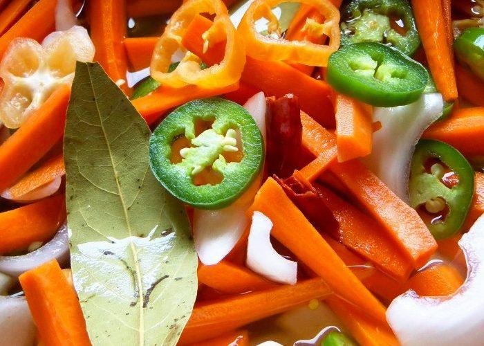 Zanahorias en Escabeche (Spicy Pickled Carrots), photo by Sonia Mendez Garcia