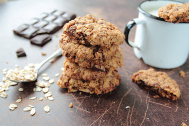 Easy Breakfast Avocado Oatmeal Cookies Recipe with Cinnamon