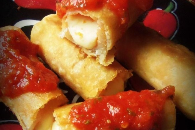 Crispy Cheese Sticks With a Quick Salsa, photo by Sonia Mendez Garcia