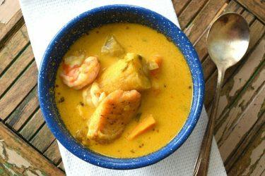 Tapado Costeño: Honduran Seafood and Coconut Milk Soup