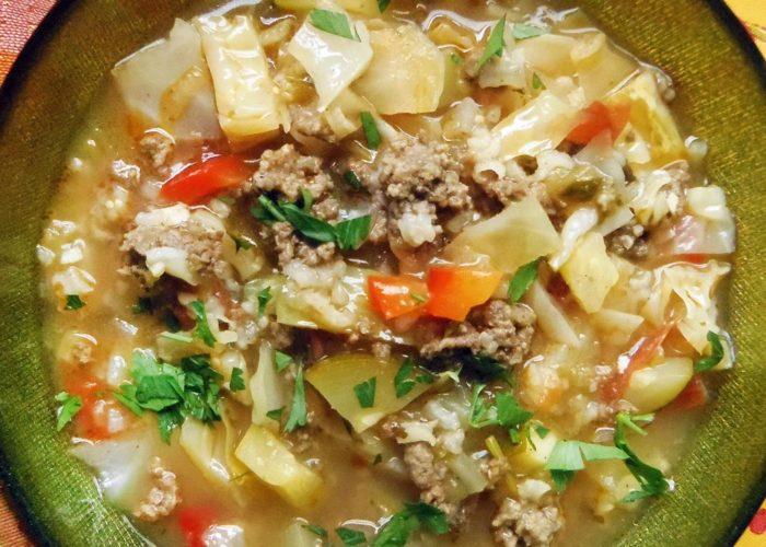 Sopa de carne y col en caldo de tomatillo, photo by Sonia Mendez Garcia