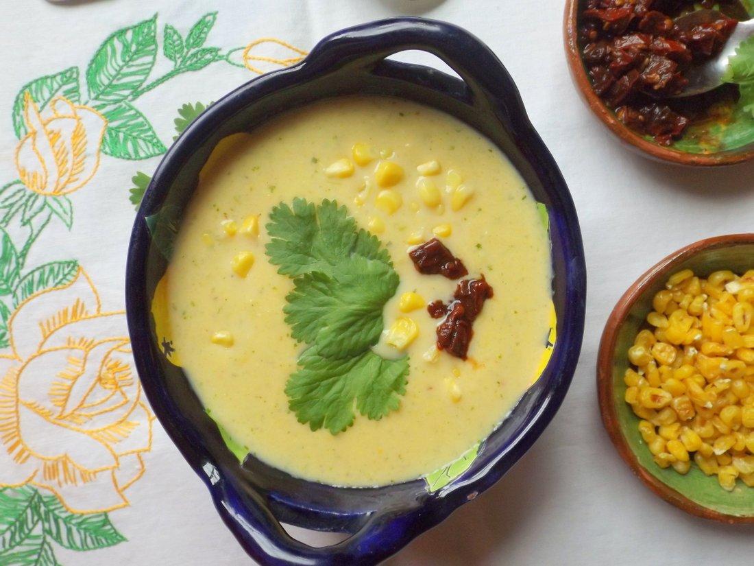 Crema de Elote Con Chipotle (Creamy Corn Soup)