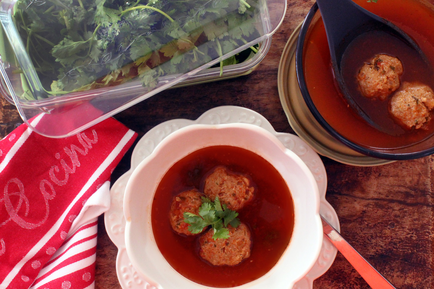 Sopa de albondiga with turkey meatballs
