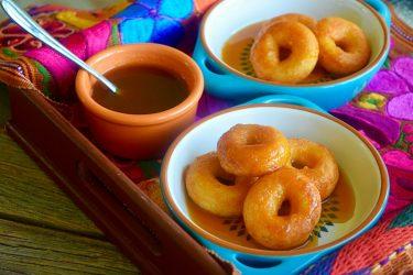 Nuéganos de Yuca (Honduran-Style Yuca Fritters)