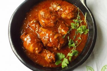 Slow Cooker Saucy Barbecue Chicken Drumsticks, photo by Sonia Mendez Garcia