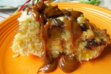Mango Coconut Bread With Chocolate Chips and Dulce de Leche, photo by Sonia Mendez Garcia