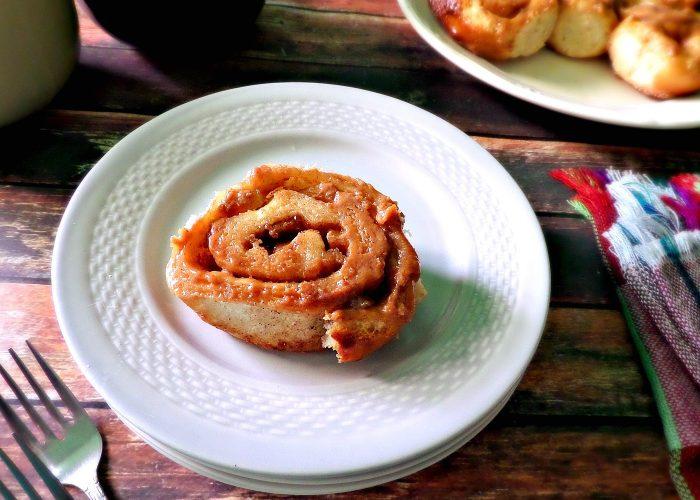 Apple Cajeta Cinnamon Rolls, photo by Leslie Limón