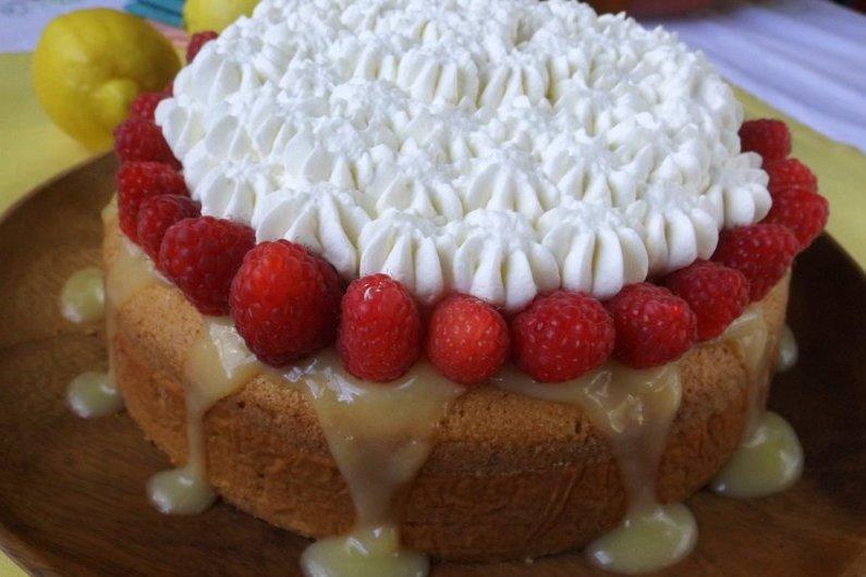 Bizcochuelo de Limon (Lemon Sponge Cake)