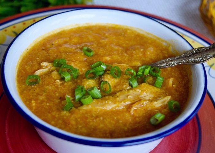 Pollo con Arroz de Maíz Estilo Hondureño (Honduran-Style Chicken and Split Corn Soup), photo by Suellen Pineda, RDN, CDN