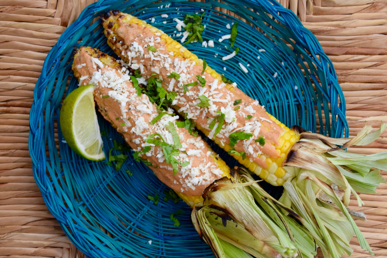 Elotes Asados con Aderezo Guajillo (Grilled Corn on the Cob with Guajillo Dressing)