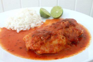 Pescado en Salsa de Chiles (Fish in Mexican Pepper Sauce)