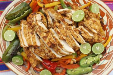 Beer-Marinated Grilled Chicken Fajitas
