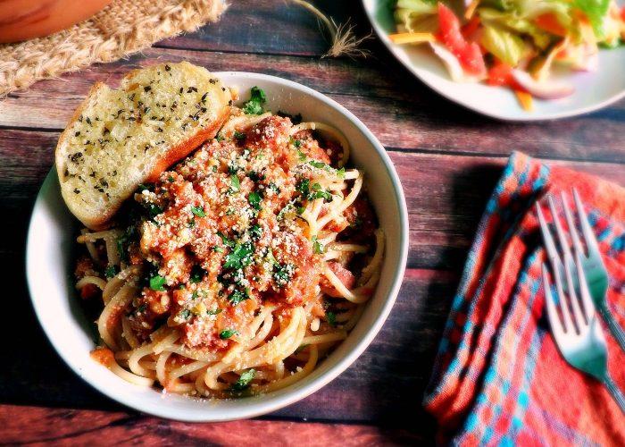 Chipotle Chorizo Spaghetti, photo by Leslie Limón