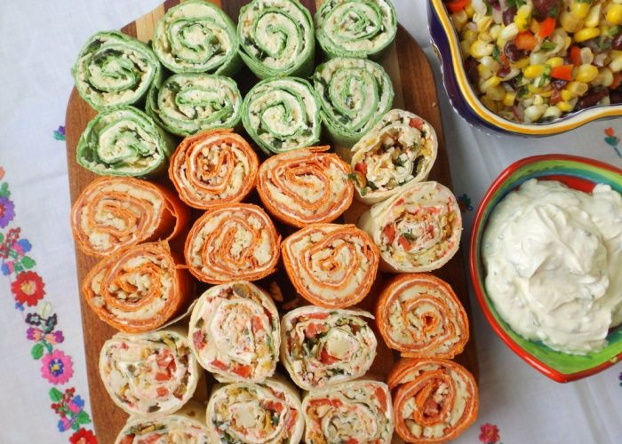 When ready, unwrap and slice the ends off. Slice roll-up into 1-inch slices. Serve with sour cream and your favorite salsa! To pack for lunches, slice chilled roll-up, then wrap back in foil paper.