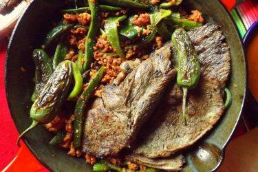 Carne Asada con Chorizo