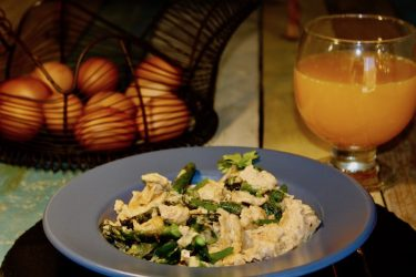 Spanish Scrambled Eggs with Asparagus, photo by Jennifer Rice