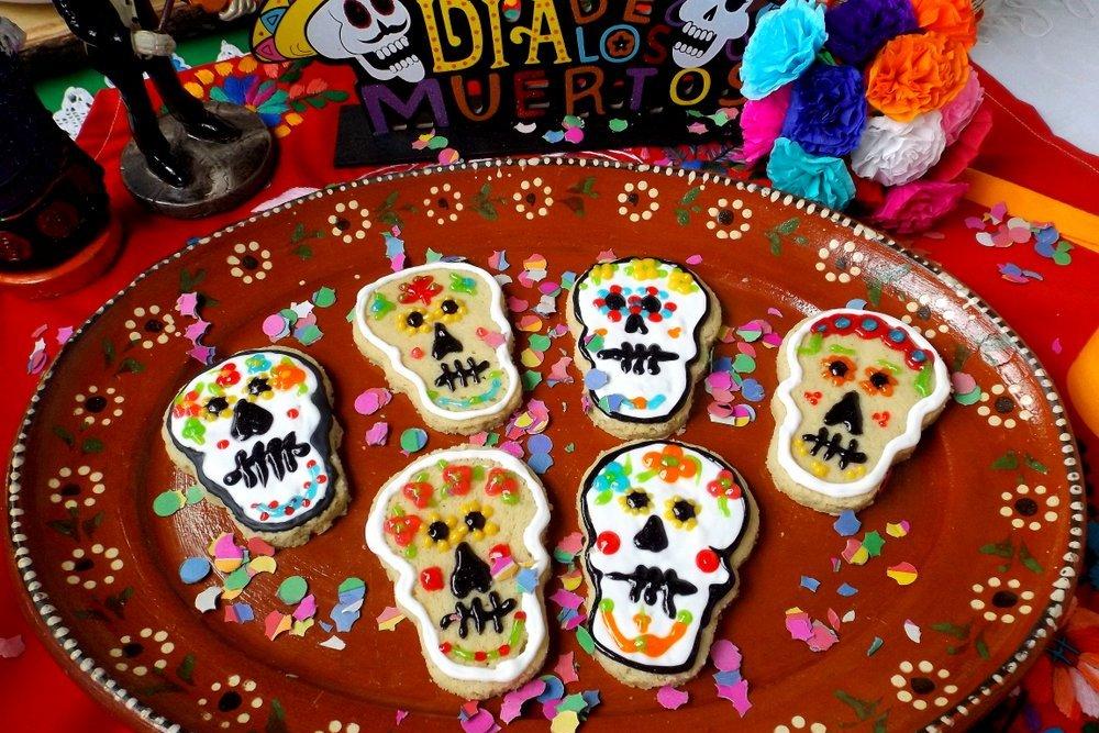 Dia de Los Muertos Cookies (Calaveras)