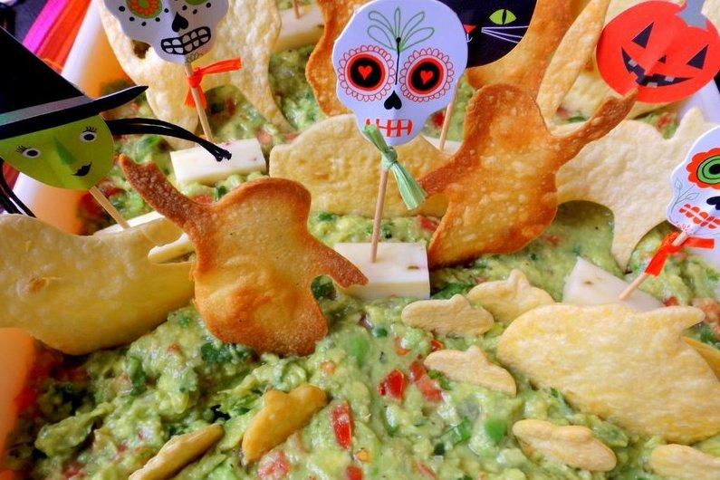 Graveyard Guacamole (Baked Chips)