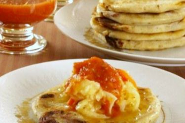 Pupusas de Queso (Cheese-Filled Pupusas Recipe), photo by Hispanic Kitchen
