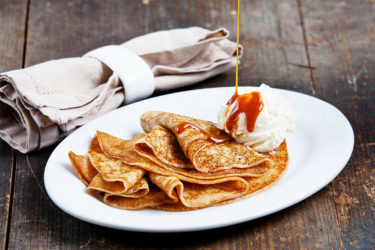 Panqueques de Dulce de Leche (Cajeta Crepes), photo by Katie Metz de Martinez
