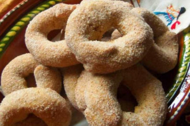 Roscas de Canela (Mexican Cinnamon Cookies), photo by Sonia Mendez Garcia